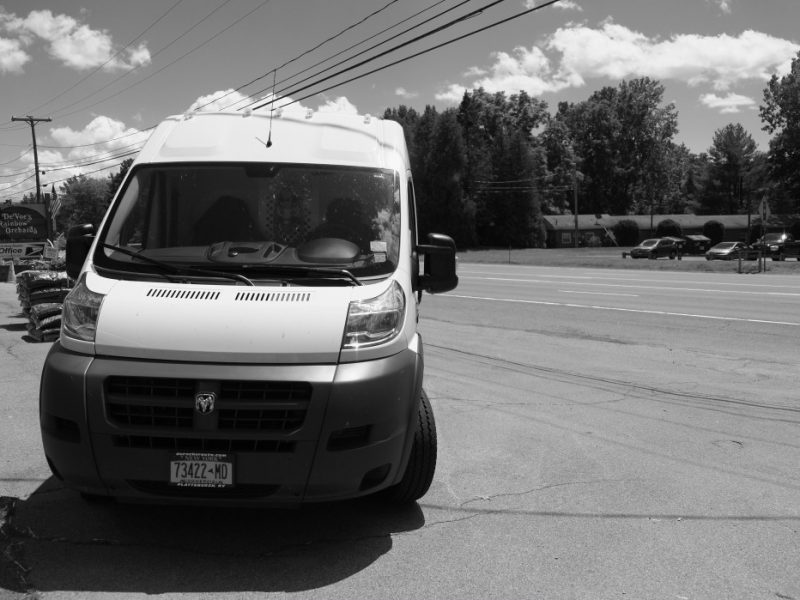 a-dodge-van-at-the-local-orchard_t20_3xkg2R